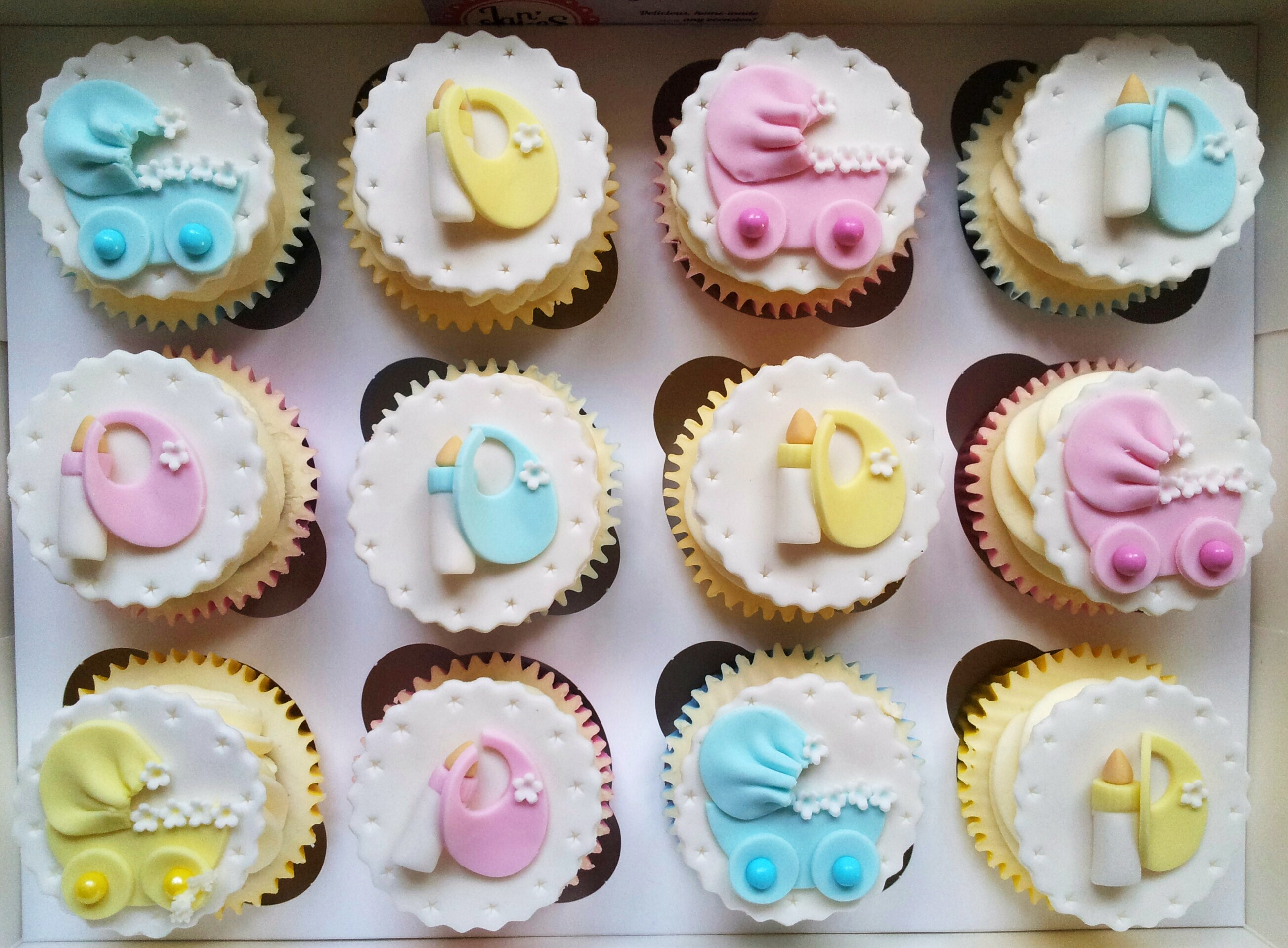 Baby Shower New Baby Smash Cakes Jan S Cakes Hertfordshire